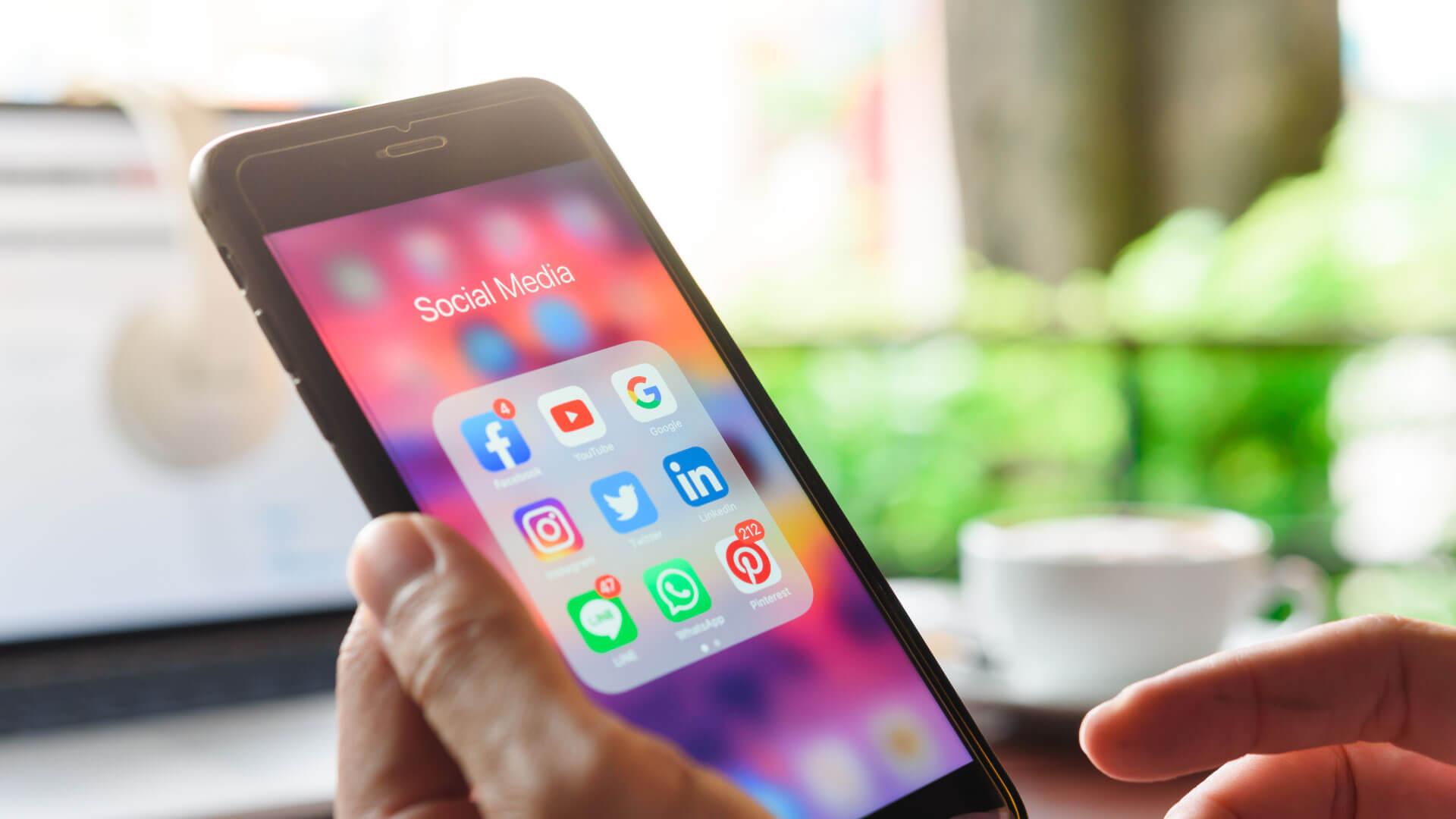 20 sitios populares de redes sociales hoy en día