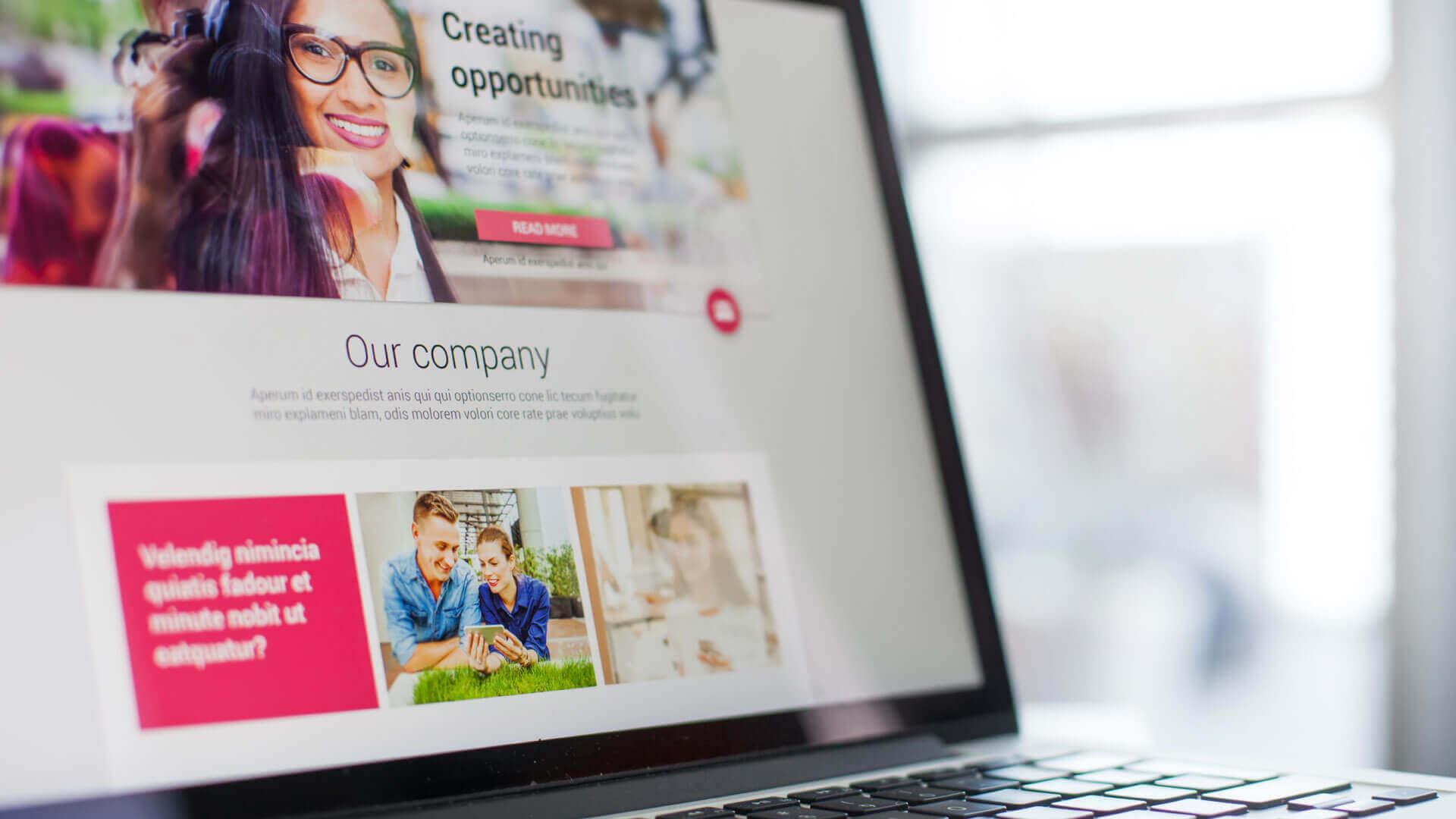 Social Media Marketing vs. Email Marketing: ¿Cual debe usar?